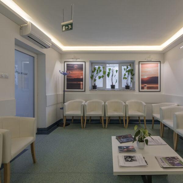 Sala de asteptare - Clinica Endopolus - Urologie - Cluj